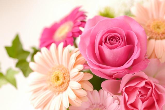 喜寿 傘寿 米寿 卒寿など長寿のお祝いに送りたい花言葉